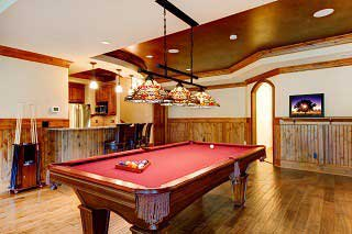 Experienced pool table movers in Miami