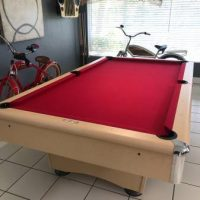 The C.L. Bailey Co. Pool Table Like New Condition