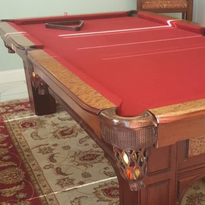 Classic Mahogany Pool Table w/4 Spectator Chairs